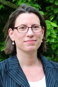 Sylvia Derra